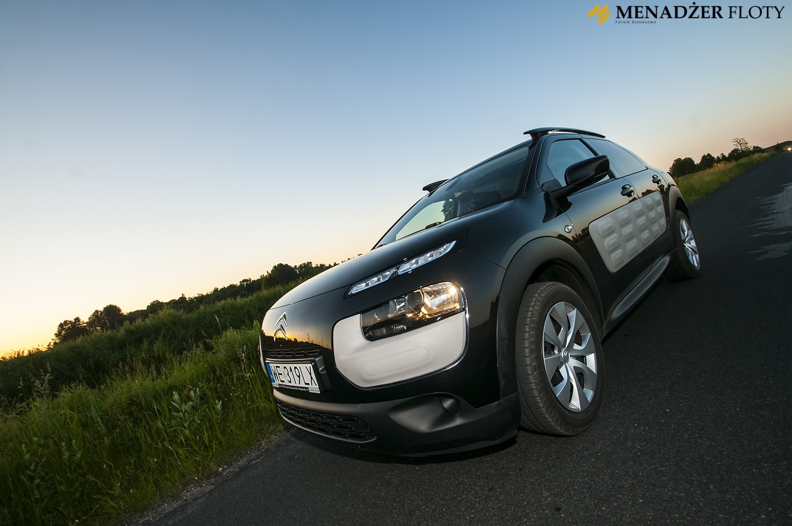 test citroen c4 cactus outsider z klas menad er floty. Black Bedroom Furniture Sets. Home Design Ideas
